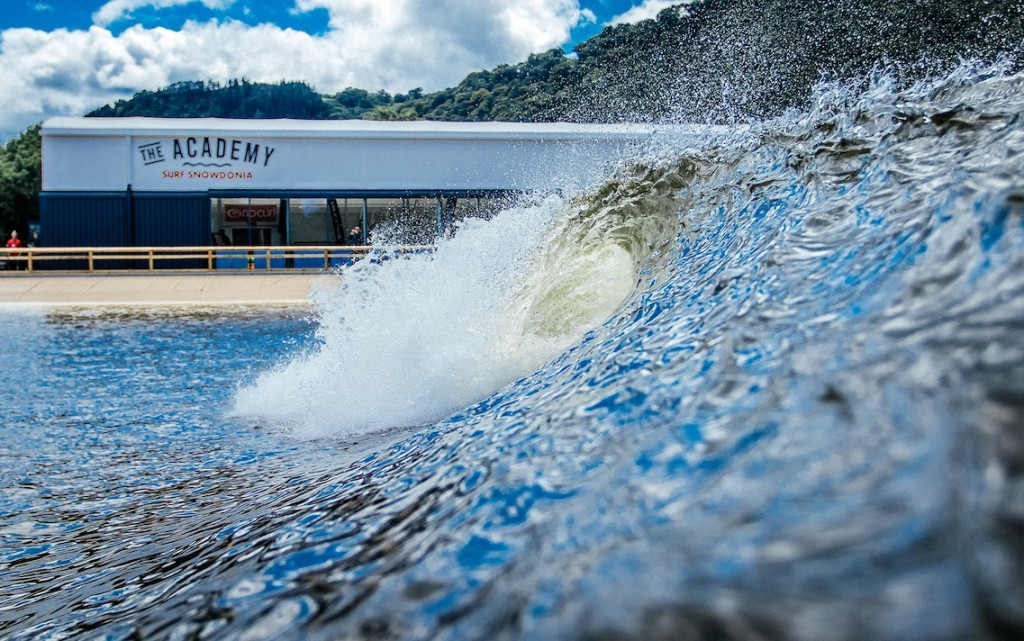 surf Snowdonia pic of surf spray